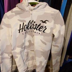 Camo Hollister zip up